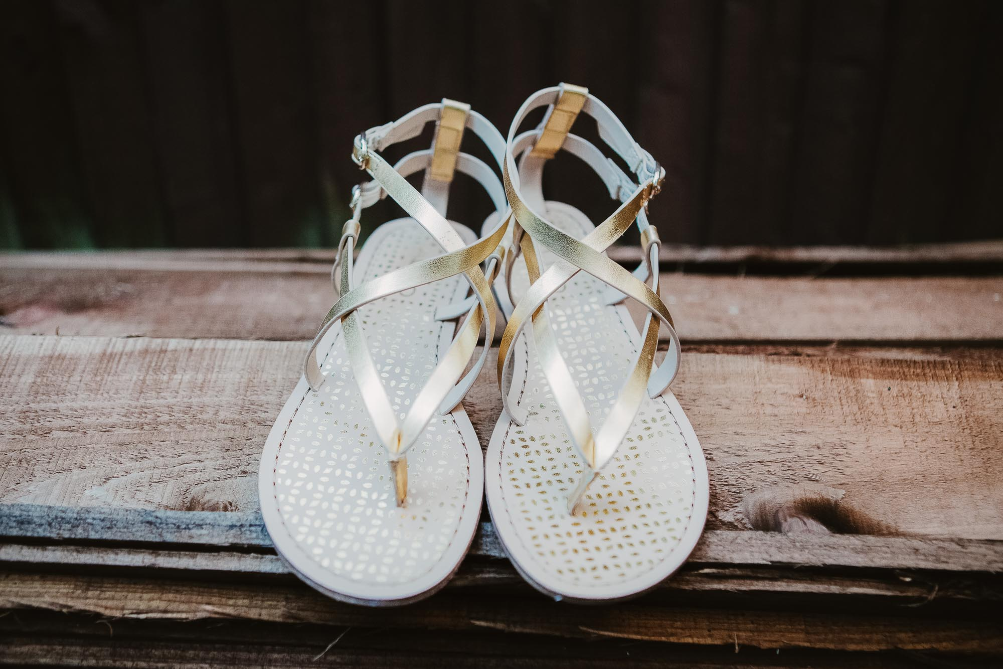 https://philippajamesphotography.com/advice-for-pregnant-brides/ - pregnant friendly wedding shoes