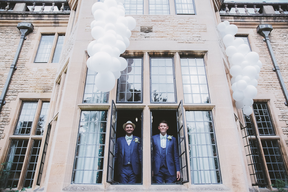 A STYLISH RHODES HOUSE WEDDING