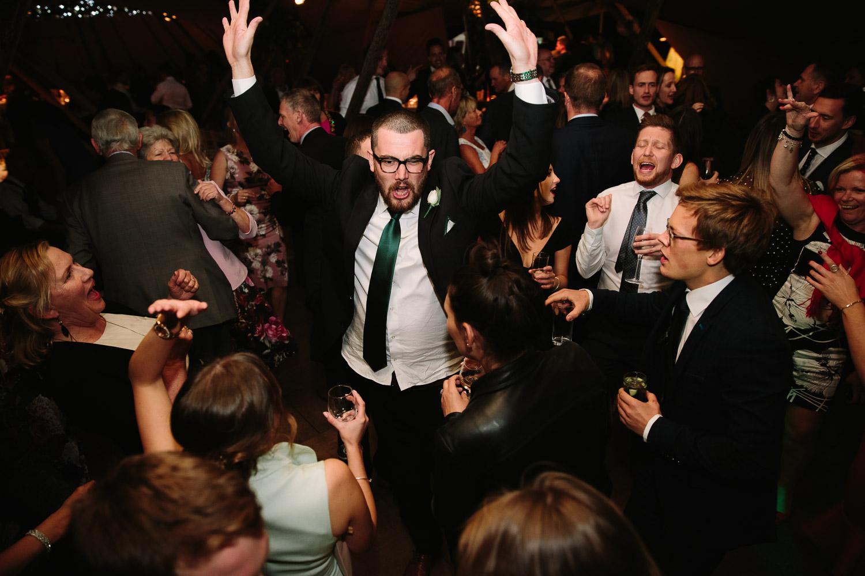 BUZZING DANCE FLOOR AT YOUR WEDDING