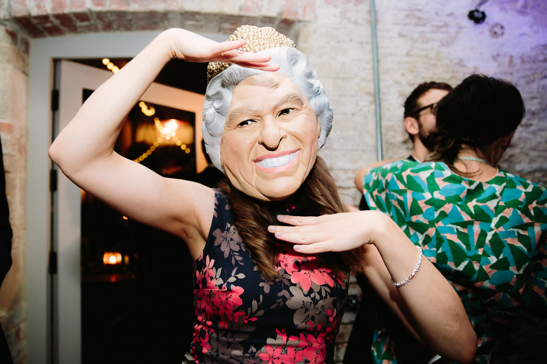 HOW TO HAVE A BUZZING DANCE FLOOR AT YOUR WEDDING