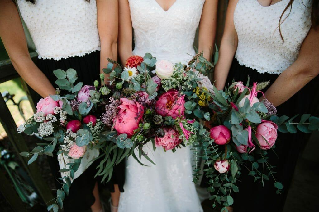 WEDDING FLOWERS OXFORDSHIRE
