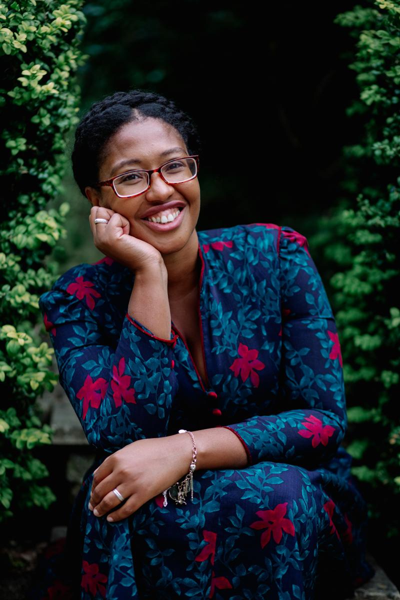 Portrait of author Jasmine Richards by Philippa James Photography