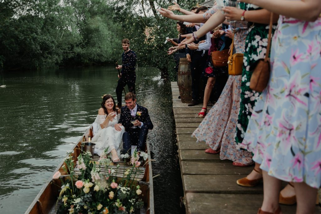 Oxford wedding at Cherwell Boathouse by Philippa James